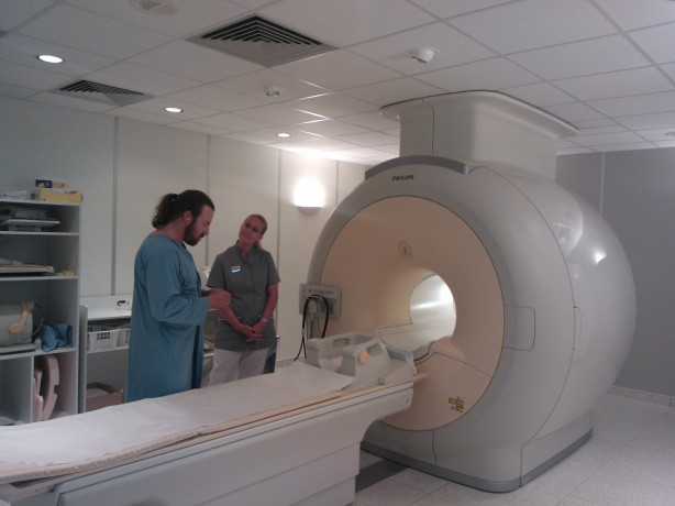 Preparing for my MRI scan at Helsinki's Dextra Sports Clinic today