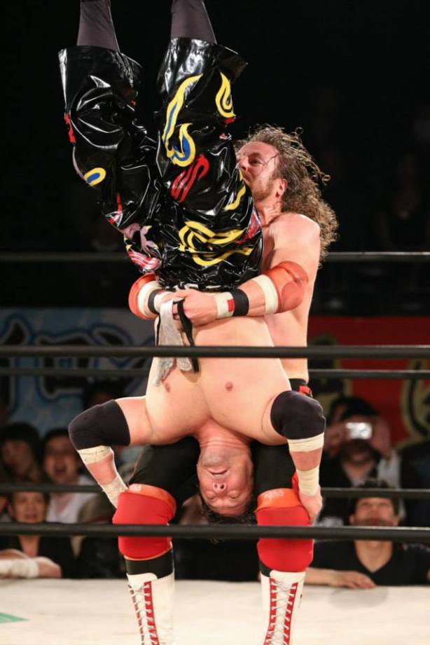 The piledriver spells title victory! (photo by Yuichi Kojima)